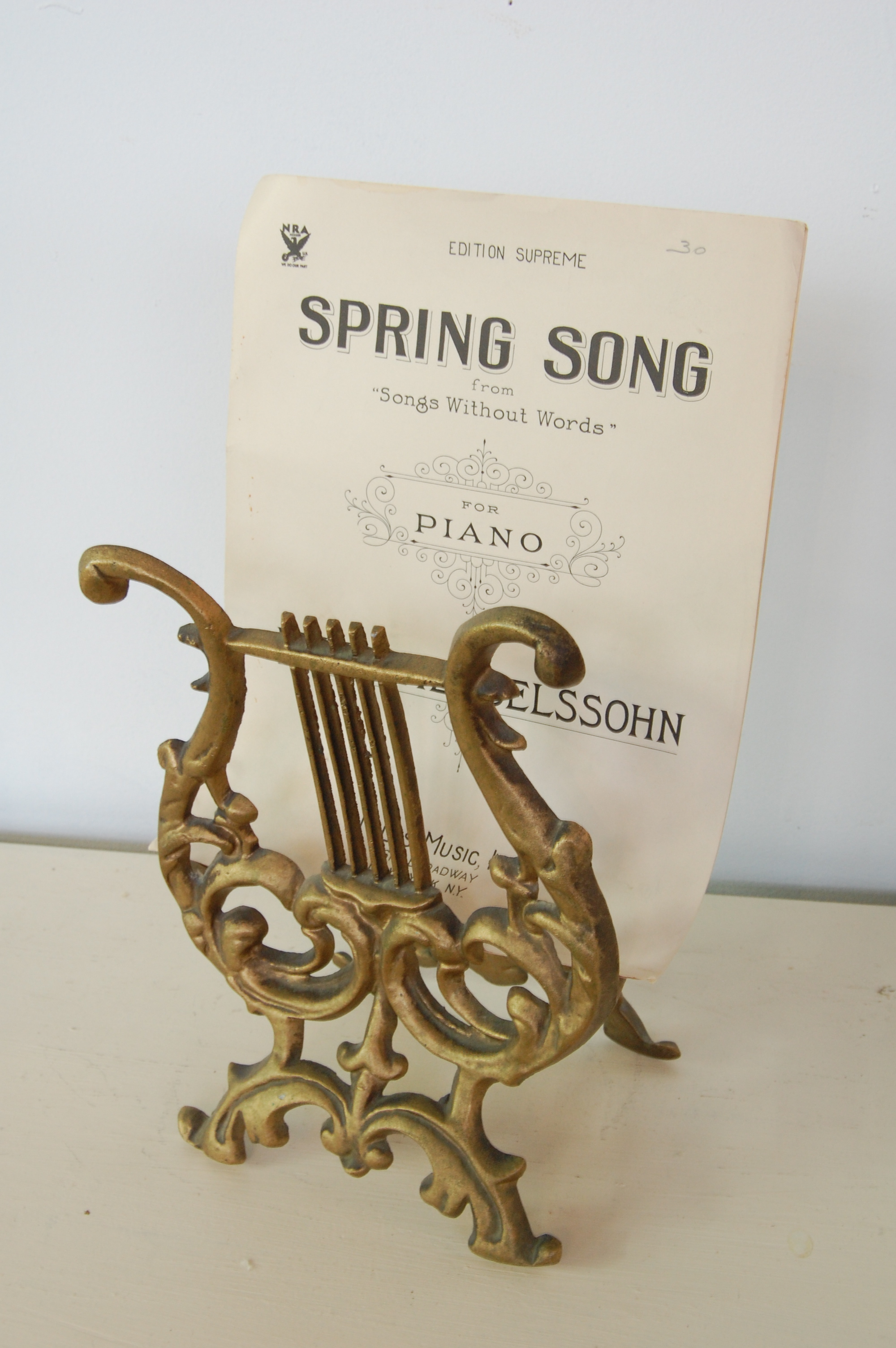 Vintage Gold Lyre Sheet Music Holder Or Magazine Rack